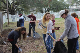 Centenary students and staff clean up during 2013 MLK Service Day